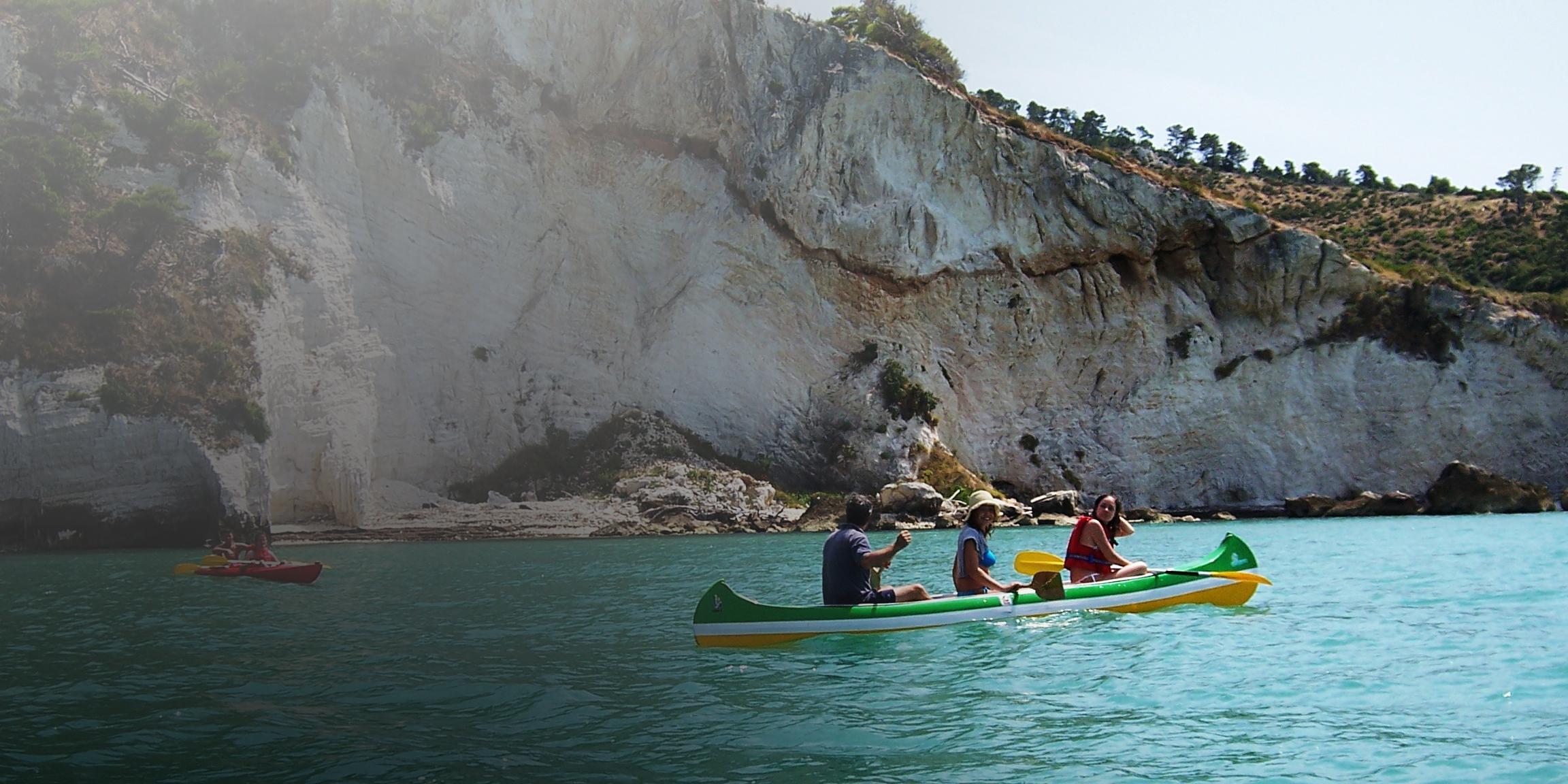 Grotte del Gargano - Peschici - Vieste CANOA COSTE E GROTTE